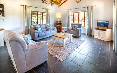 Comfortable guest living room in the Underberg area